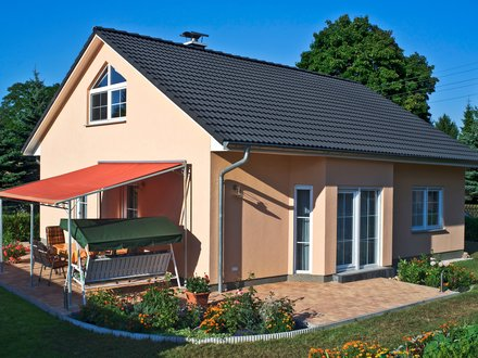 Bungalows | Bungalow Rerik (Putzfassade), Terrassenansicht