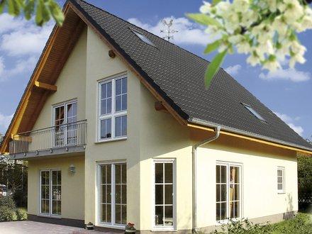 Einfamilienhäuser | Haus Schwerin (Putzfassade, Gartenansicht)