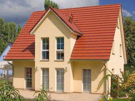 Einfamilienhäuser | Stadthaus 141 (Putzfassade), Rückseite Terrasse