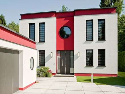 Moderne Häuser | Cubatur (Freie Planung, Putzfassade), Hauseingang und Garage