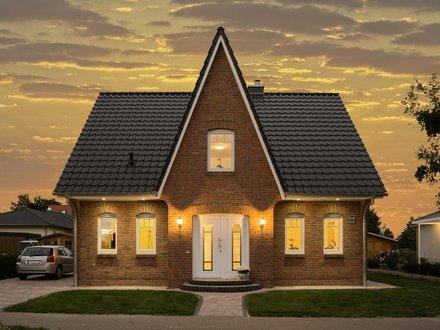 Einfamilienhäuser | Friesenhaus, Frontansicht, Abendbeleuchtung