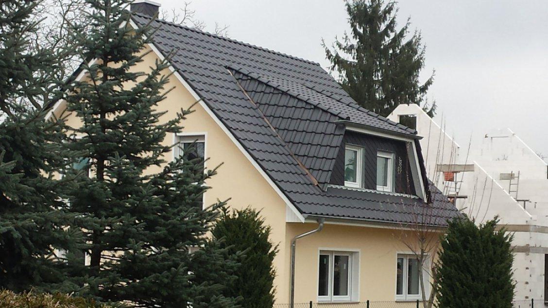 landhaus_142_putzfassade_gaube.jpg