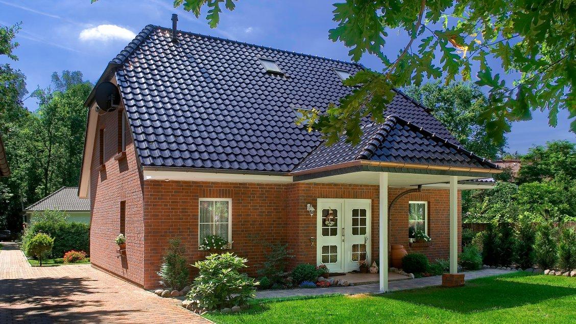 Einfamilienhäuser | Landhaus 156 (Klinkerfassade, Hauseingang)