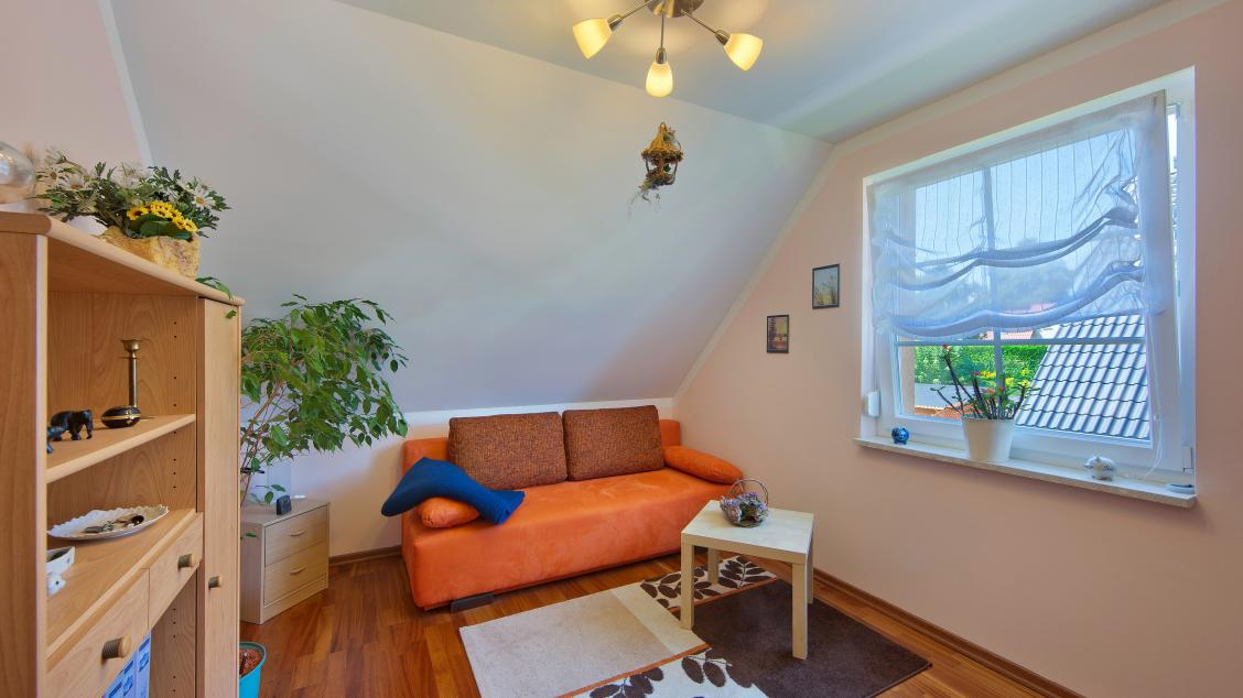 Einfamilienhäuser | Landhaus 142 (Innenaufnahme Arbeitszimmer Dachgeschoss)