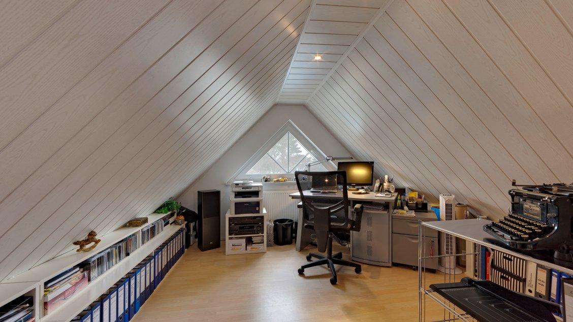 Einfamilienhäuser | Turmhaus 152, Spitzboden ausgebaut