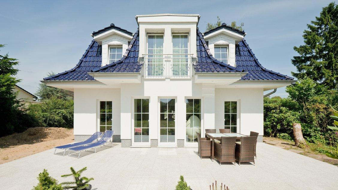 haus f hr 158 exklusive h user bauen roth massivhaus. Black Bedroom Furniture Sets. Home Design Ideas