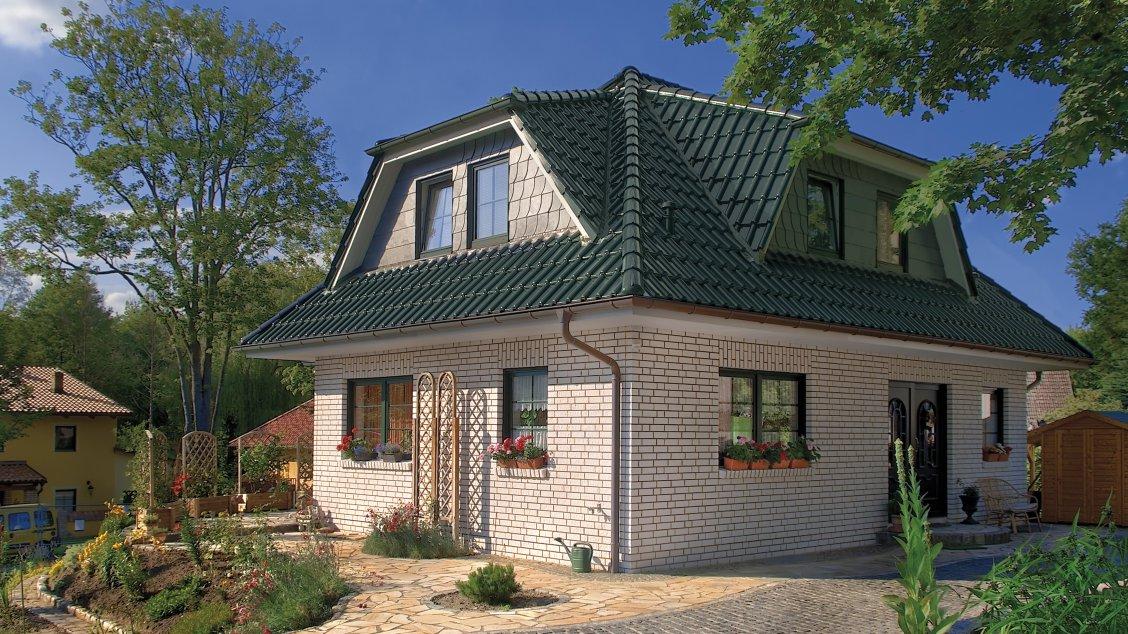 Exklusive Häuser | Haus Rügen (Klinkerfassade, Hauseingang schräg)