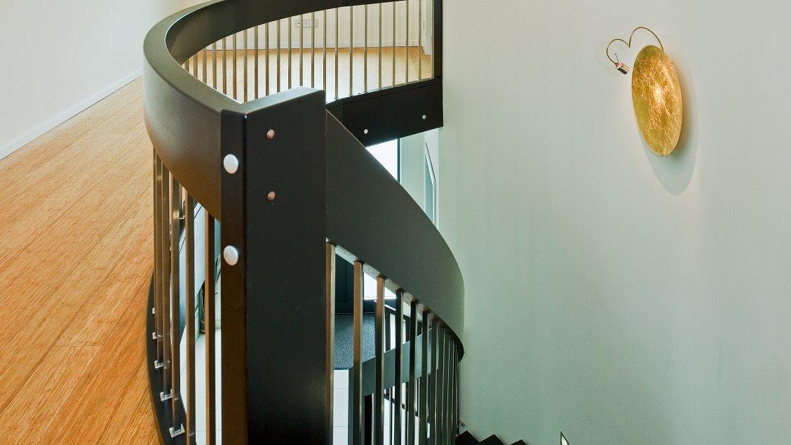 Moderne Häuser | Cubatur (Freie Planung, Putzfassade), Innenansicht Treppenhaus