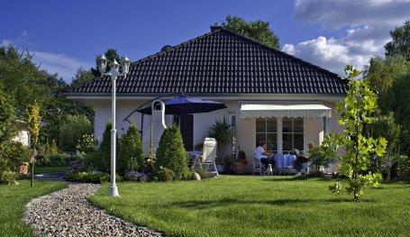 Passivhaus bungalow  Walmdach Bungalow schlüsselfertig bauen, als Passivhaus Bungalow ...