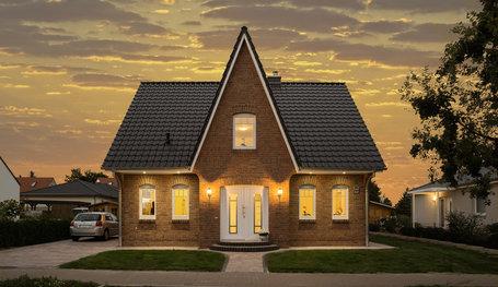 friesenhaus mit verblendfassade und gro em turmerker einfamilienh user in panketal roth. Black Bedroom Furniture Sets. Home Design Ideas