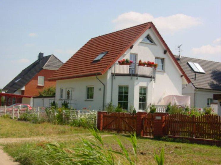 Roth | Landhaus 142 | Erker und Balkon
