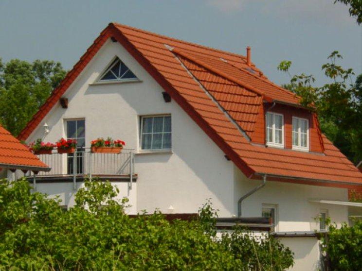 Roth | Landhaus 142 | Balkon und Gaube