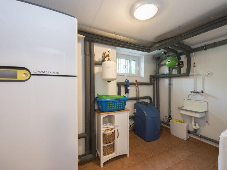 Mehrfamilienhäuser | Doppelhaus, Keller mit Haustechnik