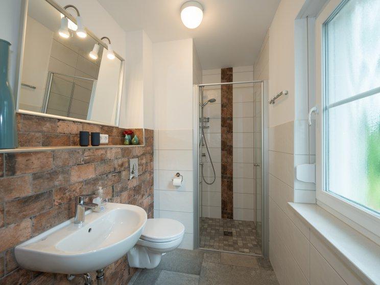 Bungalows | Moderner Bungalow, Freie Planung, Gäste WC mit Dusche