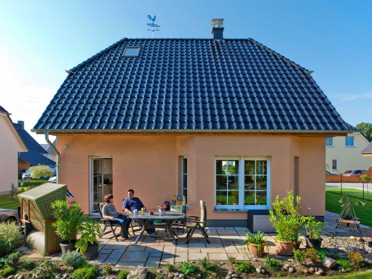 Einfamilienhäuser | Landhaus 142 (Putzfassade Terrassenansicht)