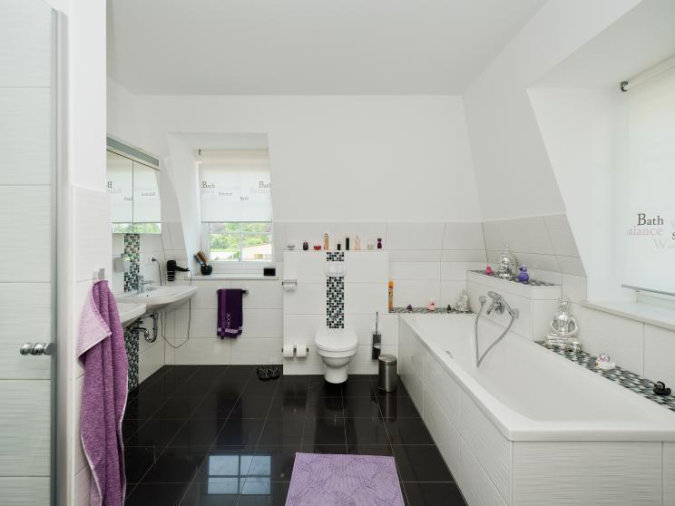 Exklusive Häuser | Haus Föhr 158 (Innenaufnahme Badezimmer 2)