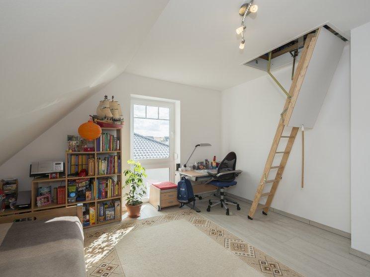 Einfamilienhäuser | Friesenhaus 145 (Innenaufnahme), Kinderzimmer und Dachboden