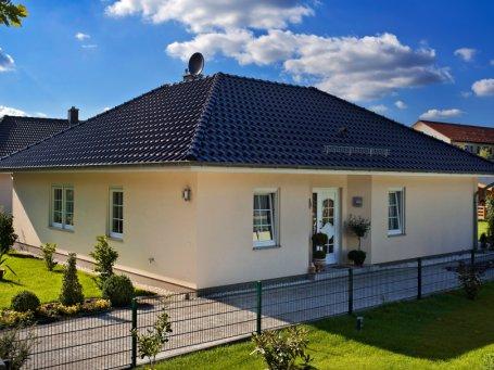hausbau erfahrungen referenzh user in berlin hamburg brandenburg roth massivhaus. Black Bedroom Furniture Sets. Home Design Ideas